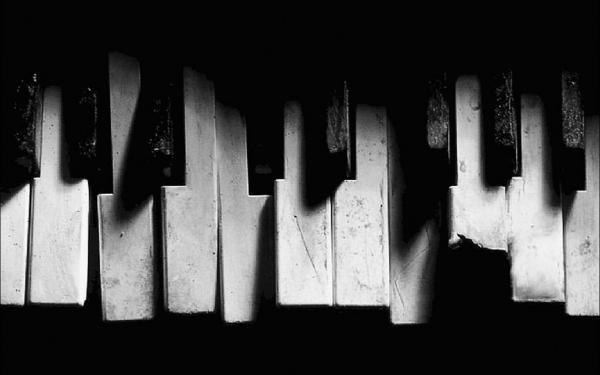 ช่างซ่อมเปียโน